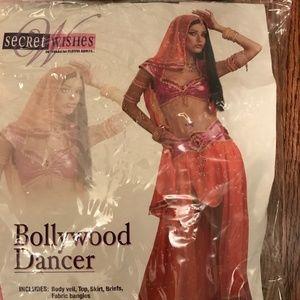 NEW Women's Bollywood Dance Costume